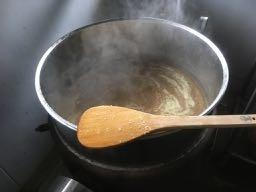 111生姜を煮る.jpg