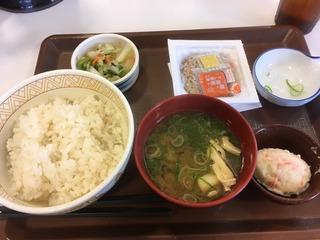 828工業化朝食.jpg